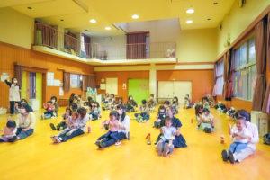 キッズ写真館に新しい写真(5/11親子体操)をアップしました。